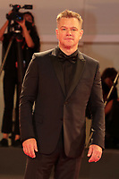 """Venice, Italy - September 10: Matt Damon attends the Red Carpet of 20th Century Studios' movie """"The Last Duel"""" during the 78th Venice International Film Festival on September 10, 2021 in Venice, Italy. <br /> CAP/MPI/AF<br /> ©AF/MPI/Capital Pictures"""