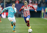 Atletico de Madrid's Fernando Torres (r) and PSV Eindhoven's Santiago Arias during UEFA Champions League match. March 15,2016. (ALTERPHOTOS/Acero)