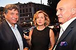 LORENZO TAGLIAVANTI CON BERTA ZEZZA E STEFANO DOMINELLA<br /> COMPLEANNO VIRGINIA RAGGI - HOTEL BERNINI ROMA LUGLIO 2021<br /> ARRIVO DEGLI INVITATI