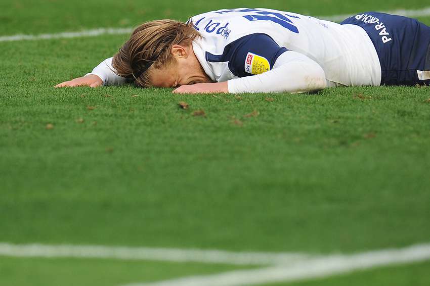 Preston North End's Brad Potts rejects after missing a chance to score<br /> <br /> Photographer Kevin Barnes/CameraSport<br /> <br /> The EFL Sky Bet Championship - Preston North End v Swansea City - Saturday September 12th 2020 - Deepdale - Preston<br /> <br /> World Copyright © 2020 CameraSport. All rights reserved. 43 Linden Ave. Countesthorpe. Leicester. England. LE8 5PG - Tel: +44 (0) 116 277 4147 - admin@camerasport.com - www.camerasport.com