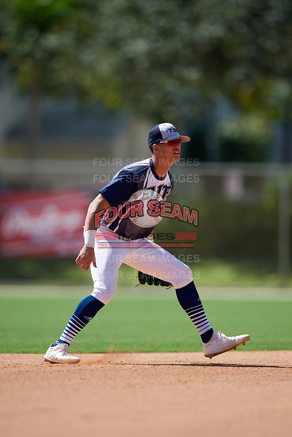 Glenn Santiago during the WWBA World Championship at the Roger Dean Complex on October 18, 2018 in Jupiter, Florida.  Glenn Santiago is a shortstop from Guanica, Puerto Rico who attends International Baseball Academy and is committed to Florida International.  (Mike Janes/Four Seam Images)