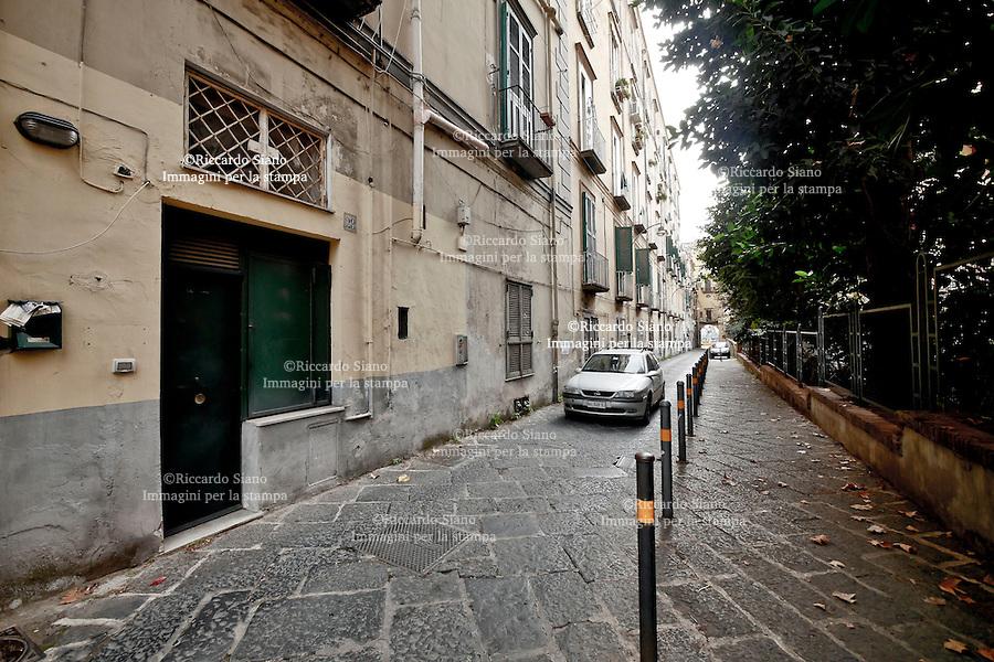 - NAPOLI 1 DIC 2014 -   via ascenzione 28