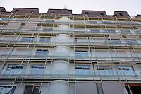 Facade d'un immeuble assez recent