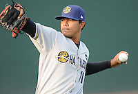 LHP Jose Quintana (17) of the Charleston RiverDogs in a game against the Greenville Drive on Aug. 24, 2010, at Fluor Field at the West End in Greenville, S.C. Photo by: Tom Priddy/Four Seam Images
