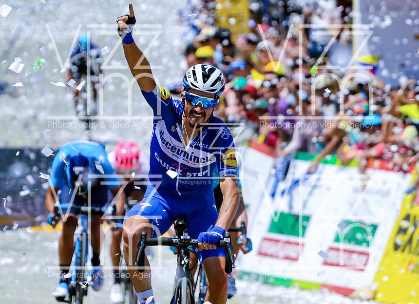 LA UNION - COLOMBIA, 16-02-2019: Julian ALAPHILIPPE (FRA), Deceuninck - Quick Step Floors, durante la quinta etapa del Tour ColomJulian ALAPHILIPPE (FRA), Deceuninck - Quick Step Floors, cruza la línea de meta como ganador de la la quinta etapa del Tour Colombia 2.1 2019 con un recorrido de 176.8 Km, que se corrió con salida y llegada en La Union, Antioquia. / Julian ALAPHILIPPE (FRA), Deceuninck - Quick Step Floors, crosses the finish line as winner of the fifth stage of 176.8 km of Tour Colombia 2.1 2019 that ran with start and arrival in La Union, Antioquia.  Photo: VizzorImage / Anderson Bonilla / Cont