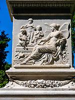 Denkmal Wilhelm I im Park Warmer Damm, Wiesbaden, Hessen, Deutschland, Europa<br /> Monumenz Wilelhelm I in Park Warmer Damm, Wiesbaden, Hesse, Germany, Europe
