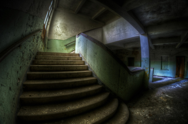 Krampnitz is an old tank barracks near Berlin, build in the 30's, then after the warused by the Soviets<br /> I have been here many times, so this time I shot only using my fisheye.