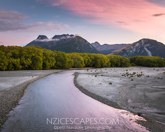 Dawn at Rees River near Glenorchy, Mt. Aspiring National Park, Central Otago, UNESCO World Heritage Area, New Zealand, NZ