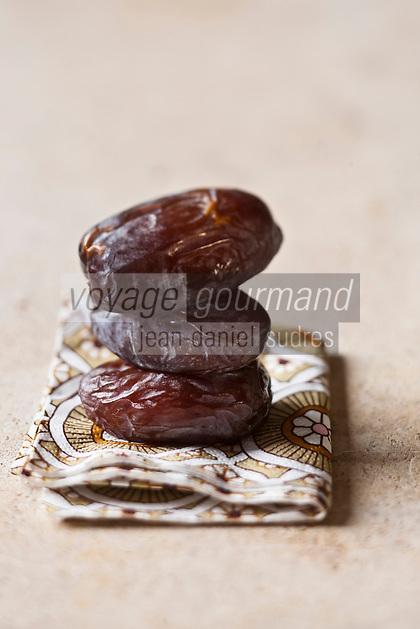 Gastronomie Générale/ Datte Medjoul - Stylisme : Valérie LHOMME