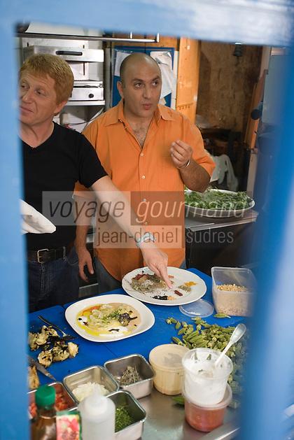 Asie/Israël/Judée/Jérusalem: Ezra Kedem dans les cuisines de son Restaurant Arcadia 10 Agrippas Srt