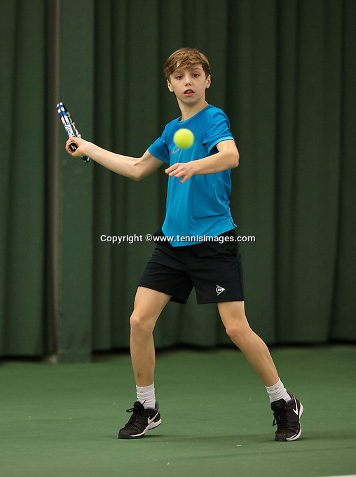 Rotterdam, The Netherlands, March 19, 2016,  TV Victoria, NOJK 14/18 years, Thomas Verhoeven (NED)<br /> Photo: Tennisimages/Henk Koster