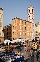 Europe/France/Provence-Alpes-Côte d'Azur/06/Alpes-Maritimes/Nice: Tour de l'Horloge XVIII ème siècle,  place du Palais de Justice et marché aux puces