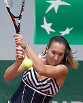 Jelena Jankovic (SRB) defeats Sorana Cirstea (ROU) 6-1, 6-2