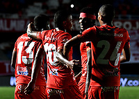 CALI-COLOMBIA, 22-05-2019: Jugadores de América de Cali, celebran el segundo gol anotado a Unión Magdalena, durante partido entre América de Cali y Unión Magdalena, de la fecha 4 de los cuadrangulares semifinales por la Liga Águila I 2019 jugado en el estadio Pascual Guerrero de la ciudad de Cali. / Players of America de Cali celebrate the second scored goal to Union Magdalena, during a match between America de Cali and Union Magdalena, of the 4th date of the semifinals quarters for the Aguila Leguaje I 2019 at the Pascual Guerrero stadium in Cali city. Photo: VizzorImage / Luis Ramírez / Staff