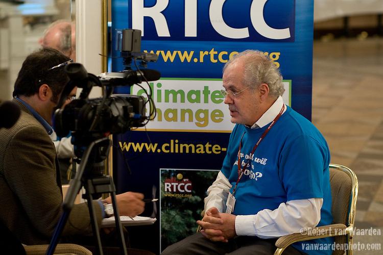 Michael Cutajar, AWG-LCA Chair. Bonn Climate Change talks. (©Robert vanWaarden)