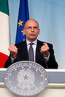 Il Presidente del Consiglio Enrico Letta durante la conferenza stampa al termine del Consiglio dei Ministri a Palazzo Chigi, Roma, 19 settembre 2013.<br /> Italian Premier Enrico Letta speaks during a press conference at the end of a cabinet meeting at Chigi Palace, Rome 19 September 2013.<br /> UPDATE IMAGES PRESS/Isabella Bonotto<br /> Il Presidente del Consiglio Enrico Letta durante la conferenza stampa al termine del Consiglio dei Ministri a Palazzo Chigi, Roma, 19 settembre 2013.<br /> Italian Premier Enrico Letta attends a press conference at the end of a cabinet meeting at Chigi Palace, Rome 19 September 2013.<br /> UPDATE IMAGES PRESS/Isabella Bonotto<br /> Il Presidente del Consiglio Enrico Letta durante la conferenza stampa al termine del Consiglio dei Ministri a Palazzo Chigi, Roma, 19 settembre 2013.<br /> Italian Premier Enrico Letta attends a press conference at the end of a cabinet meeting at Chigi Palace, Rome 19 September 2013.<br /> UPDATE IMAGES PRESS/Isabella Bonotto