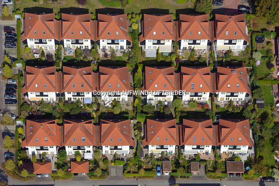 Wohnsiedlung: DEUTSCHLAND, SCHLESWIG-HOLSTEIN, WENTORF 28.09.2014: Wentorf bei Hamburg, Symbol einer Wohnsiedlung