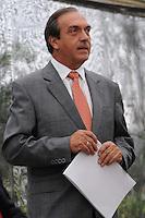 MEDELLÍN -COLOMBIA, 28-08-2013. Luis Alfredo Ramos, político colombiano, se presentó a las autoridades de su país que lo requieren por presuntos nexos con grupos paramilitares. Ramos, exgobernador de Antioquia, se entregó en el bunker de la Fiscalia en la ciudad de medellín después de conocer su pedido de captura por parte de la Corte Suprema de Justicia de Colombia./ Luis Alfredo Ramos, colombian politician, was submitted to the authorities who require for his alleged connections with paramilitary groups. Ramos,  who was Antioquia governor, surrendered in the bunker of the prosecution in Medellin after he knew the arrest warrant for the supreme court of Colombia.  Photo:VizzorImage/Luis Ríos/STR
