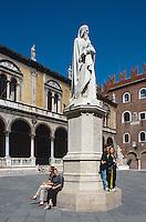 Piazza dei Signori Dante-Denkmal, Verona, Venetien-Friaul, Italien