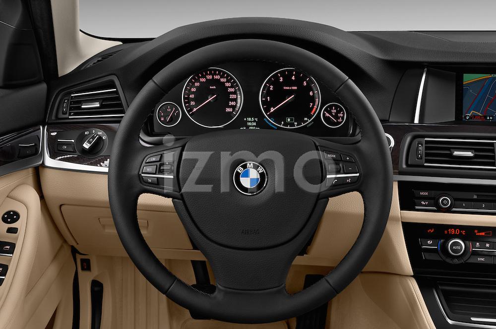 2014 BMW 5 Series 528i Sedan 4 Door Sedan
