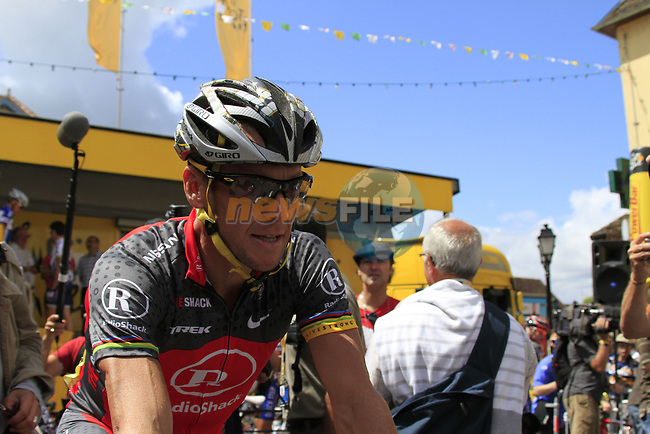 Lance Armstrong (USA) Team Radioshack arrives at sign on before the start of Stage 18 of the 2010 Tour de France running 198km from Salies-de-Bearn to Bordeaux, France. 23rd July 2010.<br /> (Photo by Eoin Clarke/NEWSFILE).<br /> All photos usage must carry mandatory copyright credit (© NEWSFILE   Eoin Clarke)