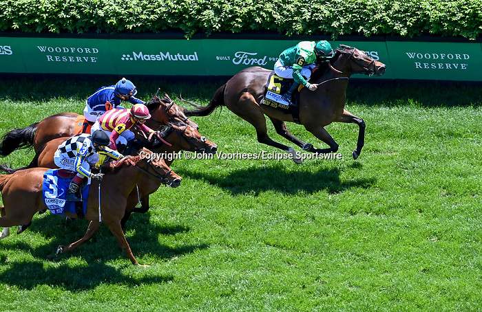 May 1, 2021 : Blowout, #6, ridden by jockey Joel Rosario, wins the Longines Churchill Distaff Turf Mile on Kentucky Derby Day at Churchill Downs on May 1, 2021 in Louisville, Kentucky. John Voorhees/Eclipse Sportswire/CSM