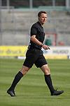 19.09.2020, Dietmar-Scholze-Stadion an der Lohmuehle, Luebeck, GER, 3. Liga, VfB Luebeck vs 1.FC Saarbruecken <br /> <br /> im Bild / picture shows <br /> Schiedsrichter Lukas Benen (Nordhorn)<br /> <br /> DFB REGULATIONS PROHIBIT ANY USE OF PHOTOGRAPHS AS IMAGE SEQUENCES AND/OR QUASI-VIDEO.<br /> <br /> Foto © nordphoto / Tauchnitz