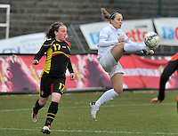 France U19 - Belgium U19 : French number 10 Claire Lavogez picks the ball before Lucinda Michez (left).foto DAVID CATRY / Nikonpro.be