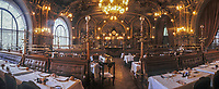 """Europe/France/Ile-de-France/Paris: """"BELLE-EPOQUE"""" - Restaurant """"Le Train Bleu"""" Gare de Lyon<br /> PHOTO D'ARCHIVES // ARCHIVAL IMAGES<br /> FRANCE 1990 // Europe / France / Ile-de-France / Paris: """"BELLE-EPOQUE"""" - Restaurant """"Le Train Bleu"""" Gare de Lyon<br /> ARCHIVAL PHOTO // ARCHIVAL IMAGES<br /> FRANCE 1990"""