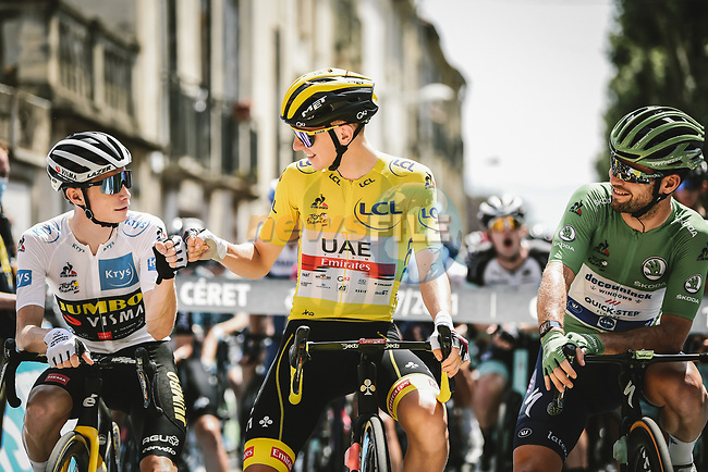The jersey leaders White Jonas Vingegaard (DEN) Jumbo-Visma, Yellow Tadej Pogacar (SLO) UAE Team Emirates and Green Mark Cavendish (GBR) Deceuninck-Quick Step line up for the start of Stage 15 of the 2021 Tour de France, running 191.3km from Ceret to Andorre-La-Vieille, France. 11th July 2021.  <br /> Picture: A.S.O./Pauline Ballet | Cyclefile<br /> <br /> All photos usage must carry mandatory copyright credit (© Cyclefile | A.S.O./Pauline Ballet)