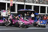 #27: Alexander Rossi, Andretti Autosport Honda   pit stop