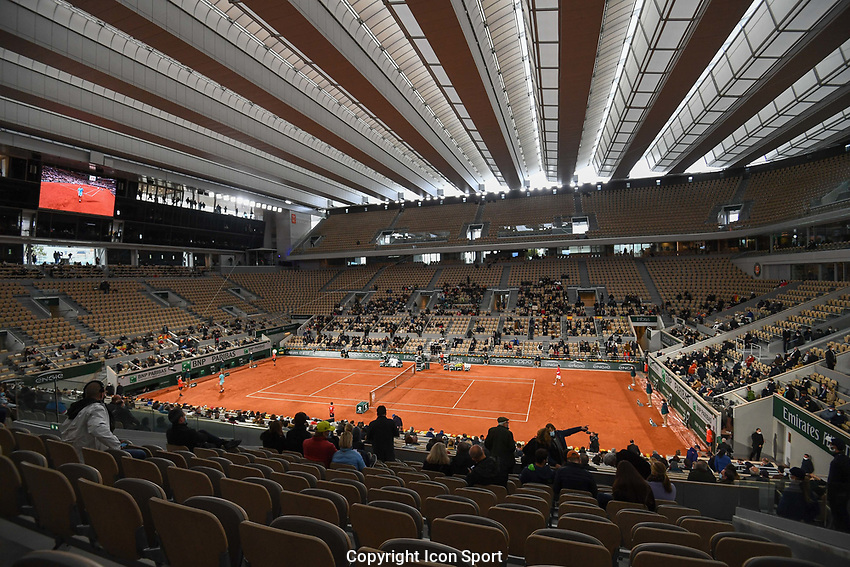General view of Court Philippe Chatrier during the day fifteen men's final Roland Garros on October 11, 2020 in Paris, France. (Photo by Anthony Dibon/Icon Sport) - Roland Garros - Paris (France)