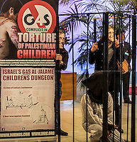 """17.04.2014 - Protest at G4S HQ for """"Palestinian Prisoners' Day"""""""