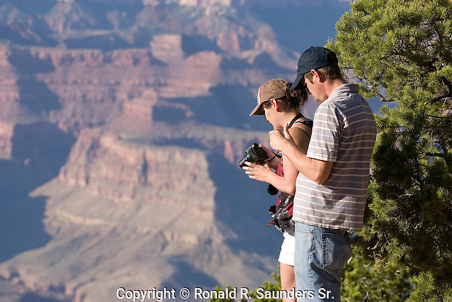 [UNESCO WORLD HERITAGE SITE]<br /> <br /> Amateur photographer couple stand close to a ledge in hopes of making a great shot.
