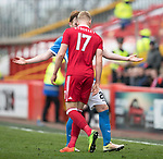 Aberdeen v St Johnstone…29.04.17     SPFL    Pittodrie<br />Jayden Stockley clashes heads with Liam Craig<br />Picture by Graeme Hart.<br />Copyright Perthshire Picture Agency<br />Tel: 01738 623350  Mobile: 07990 594431