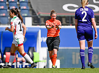 referee Lois Otte pictured during a female soccer game between Oud Heverlee Leuven and RSC Anderlecht on the 2nd matchday of play off 1 in the 2020 - 2021 season of Belgian Womens Super League , saturday 17 th of April 2021  in Heverlee , Belgium . PHOTO SPORTPIX.BE | SPP | DAVID CATRY