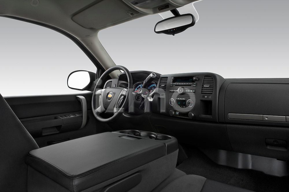 Low angle passenger side dashboard view of a 2009 Chevrolet Silverado Hybrid.