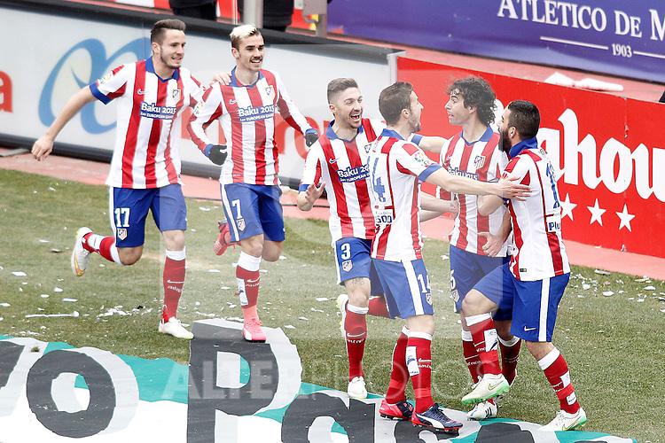 Atletico de Madrid's Saul Niguez, Antoine Griezmann, Guilherme Siqueira, Gabi Fernandez, Tiago Mendes and Arda Turan celebrate goal during La Liga match.February 7,2015. (ALTERPHOTOS/Acero)