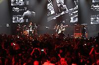 SÃO PAULO, SP, 02 DE DEZEMBRO 2011 - SHOW JOTA QUEST - Show Jota Quest e Gravação do DVD Jota15 na noite dessa sexta-feira, 02 no Credicard Hall região sul da capital paulista. FOTO: MILENE CARDOSO - NEWS FREE.