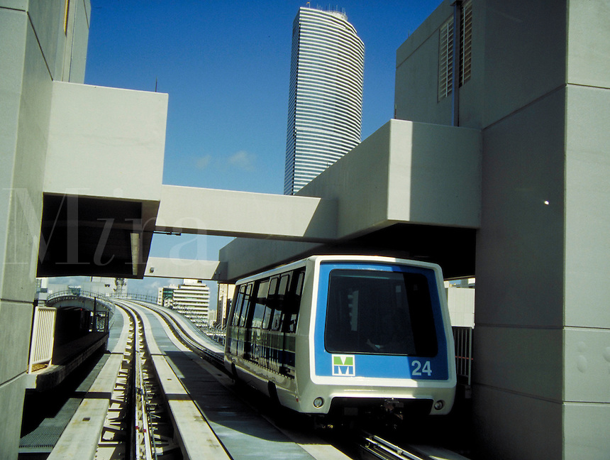 The Fifth Street station of the Brickell Outer Loop of Miami, Florida's new Metromover transit system. Mass transit, monorail, public transportation, railroads,. Miami Florida, downtown Miami.