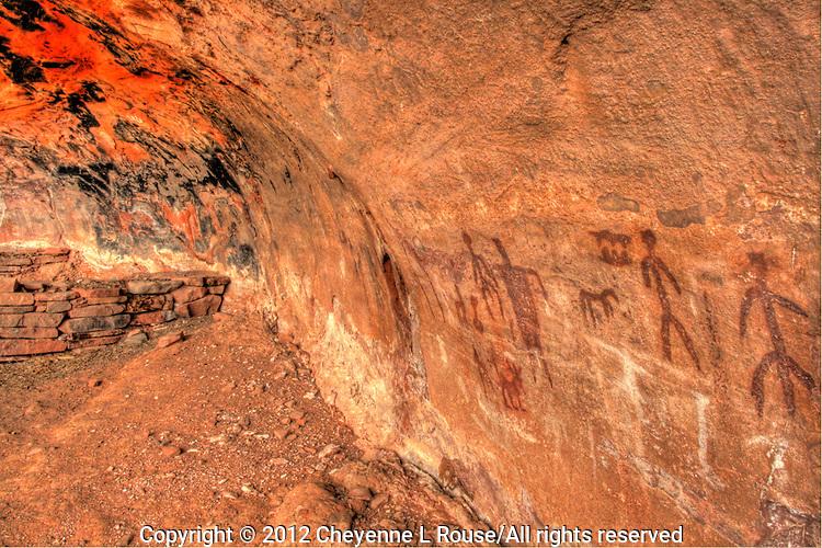 Secret Pictographs - Ancient writing, rock art, Sedona, Arizona