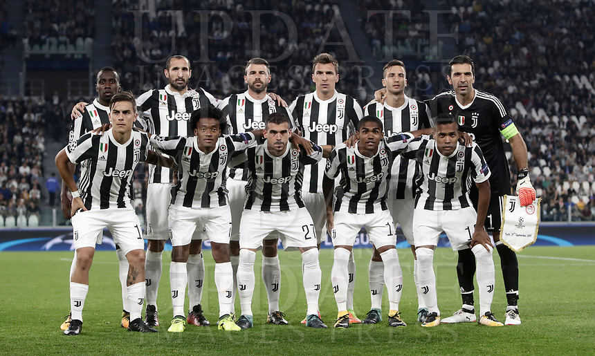 Football Soccer: UEFA Champions League Juventus vs Olympiacos Allianz Stadium. Turin, Italy, September 27, 2017. <br /> Juventus' players pose for the pre match photograph prior to the start of the Uefa Champions League football soccer match between Juventus and Olympiacos at Allianz Stadium in Turin, September 27, 2017.<br /> UPDATE IMAGES PRESS/Isabella Bonotto