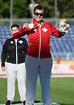 Ness Murby, Toronto 2015 - Para Athletics // Para-athlétisme.<br /> Ness Murby receives their bronze medal in the Discus Throw F11/12 // Ness Murby reçoit le médaille de bronze au lancer du disque F11 / 12. 12/08/2015.