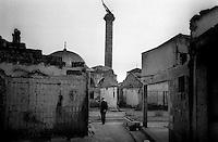 KOSOVO. Djakovica. 14/10/99..Destroyed old Albanian quarter of Djakovica..©Andrew Testa