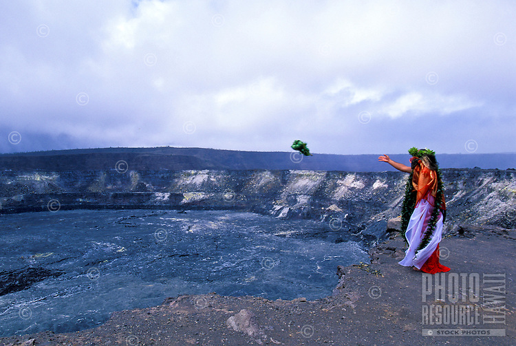 Offering to Pele at Kilauea caldera, Hawaiian ceremonies. Kilauea Volcano. Big Island of Hawaii