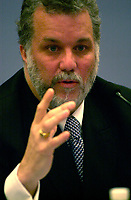 February 17, 2004, Montreal (Qc) CANADA.<br /> Phillipe Couillard, Quebec Minister, Health and Social Service (R) and Dr Renald Dutil, President Federation of Generalist Doctors - Quebec (FMOQ) (L) adress the medias about their plan to send more doctors to regions of Quebec Province