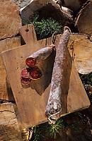 Europe/France/Languedoc-Roussillon/66/Pyrénées-Orientales/Env de Palau-de-Cerdagne: Charcuterie de Cerdagne - Chorizo
