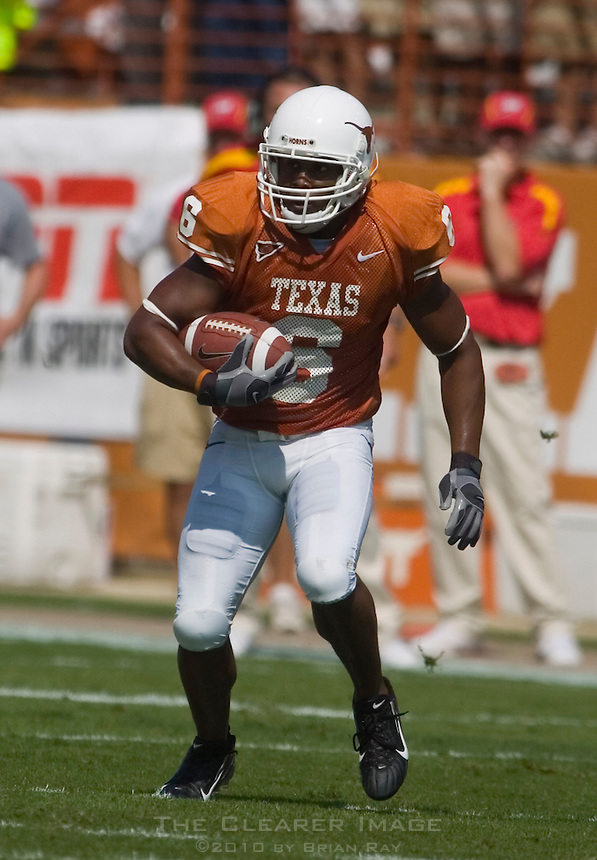23 September 2006: Texas receiver Quan Cosby runs with the ball during the Longhorns 37-14 victory over the Iowa State Cyclones at Darrell K Royal Memorial Stadium in Austin, TX.