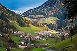 Italien, Suedtirol, St. Leonhard in Passeier: Ortschaft im Passeiertal, inmitten des Naturparks Texelgruppe gelegen | Italy, South Tyrol (Alto Adige-Trentino), San Leonardo in Passiria: a comune in the Passeier Valley