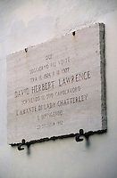 """Europe/Italie/Côte Amalfitaine/Campagnie/Ravello : Plaque à la mémoire de David Herbert Lawrence auteur de """"l'Amant de Lady Chaterley"""""""